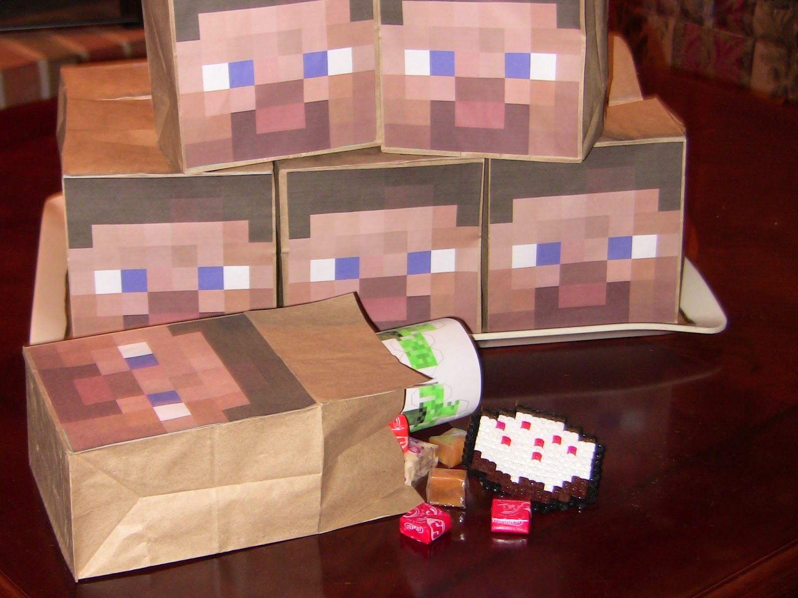 Minecraft Party Games Favors And Decorations