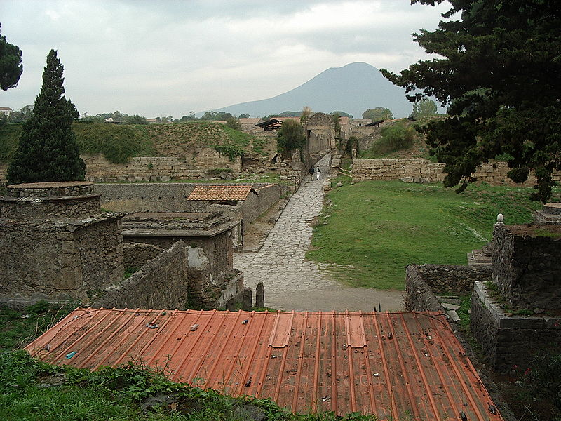Mount vesuvius tomb jesus mt vesuvius viewed from the