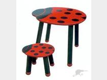 Ladybug Baby Chair - Even though this is for babies I think Iu0027d like to have one for my size especially it has the foot rest. & Bee Found: 4 Ladybug Chairs For Your Room