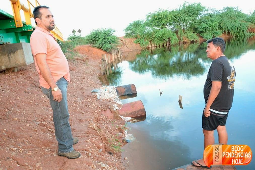 Defesa Civil e Secretaria de Obras e Serviços, monitora o Rio Piranhas-Açu.