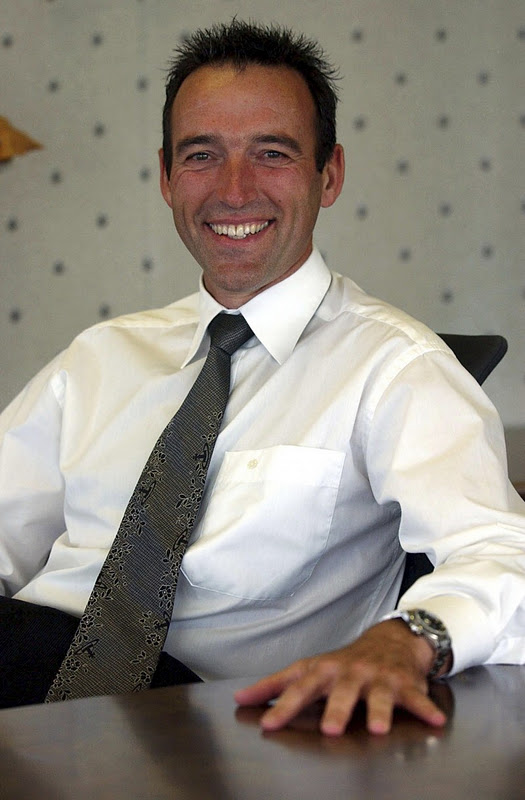 graeme hart thesis Graeme richard hart (born 1955) is a new zealand businessman and the richest person in new zealand [2] he prefers to stay out of the general media and makes few public appearances hart.