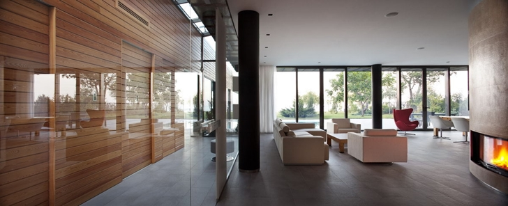 Interior glass wall of Contemporary house in Ukraine by Drozdov & Partners