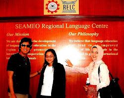Ikang Fawzi, Isabella Fawzi dan Marissa Haque di RELC, Singapura, 2007