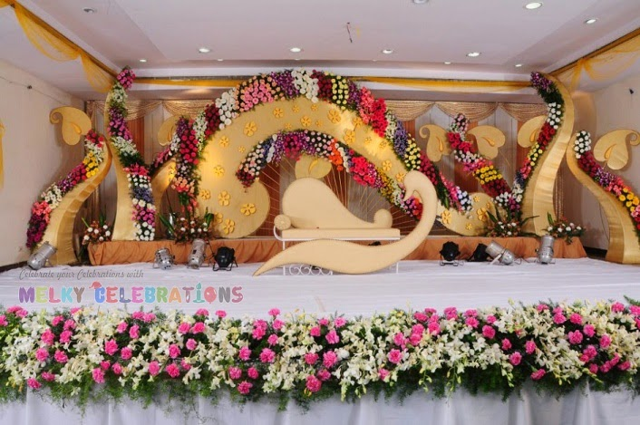 Wedding stage decorators birthday event organizers in for Balloon decoration in coimbatore