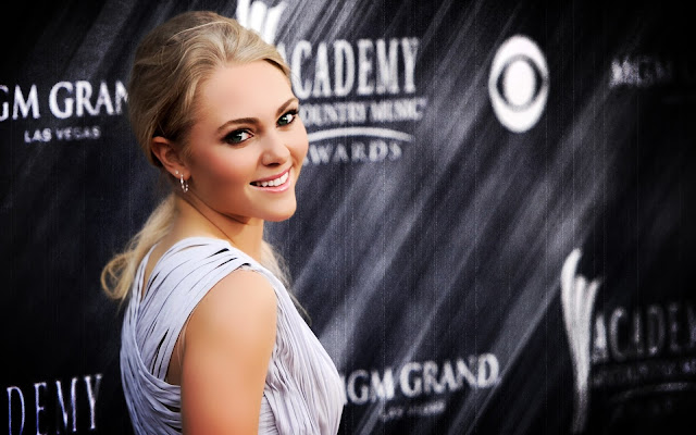 AnnaSophia Robb  Still,Wallpaper,Image,Photo,Picture,Hot,Sexy