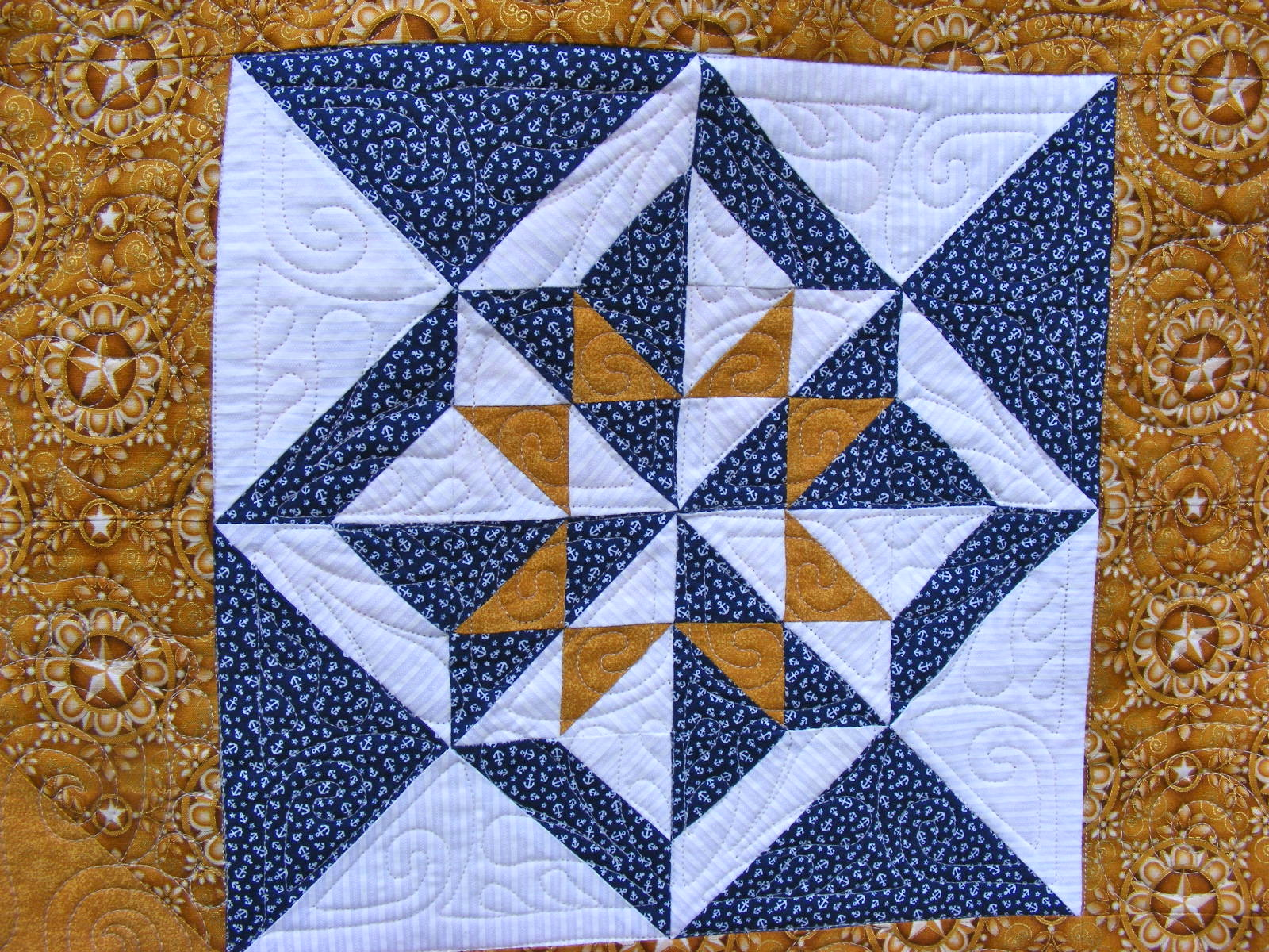 Quilting Designs For Water : TIA CURTIS QUILTS: Raylene s Navy QOV