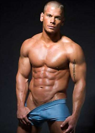 image of gay muscle gallery