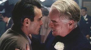 Joaquin Phoenix y Philip Seymour Hoffman en The Master