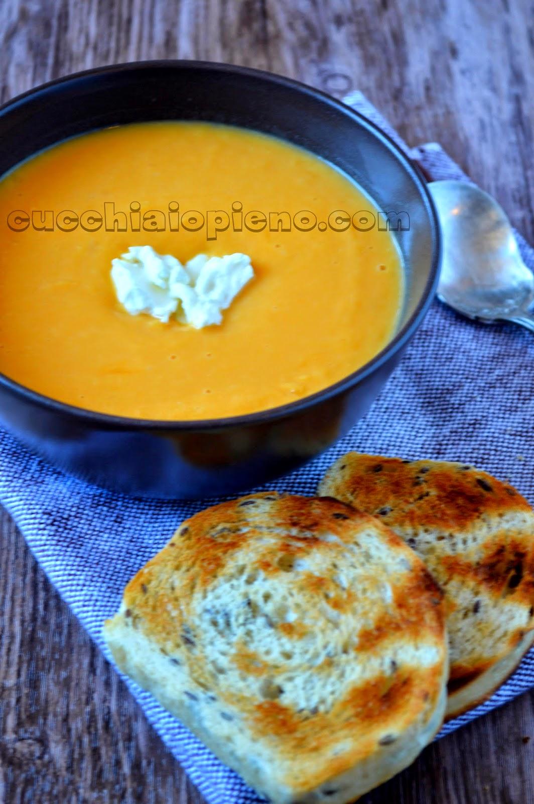 sopa de batata-doce e alho-poró