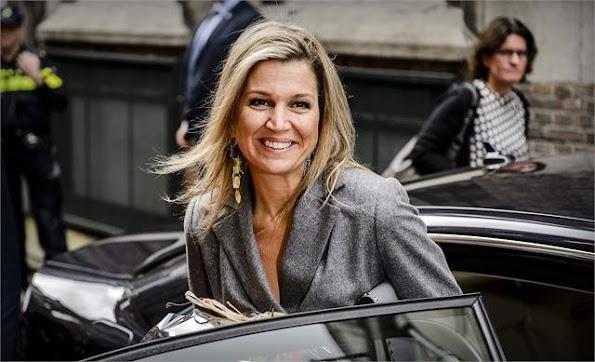 Queen Maxima attended the annual symposium of the Wijzer in Geldzaken ( Money matters) platform at the Tobacco theater