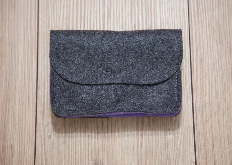 dirndl tasche aus filz mit schnittmuster von mri. Black Bedroom Furniture Sets. Home Design Ideas