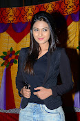 Neha deshpande new photos-thumbnail-5