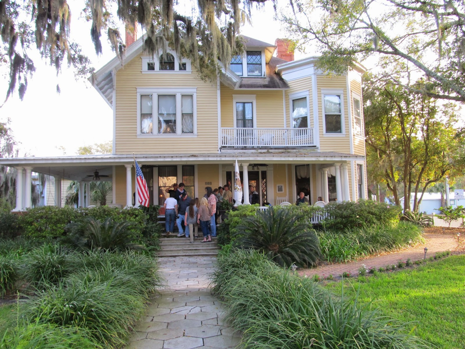 staying at the Hoyt House Bed and Breakfast