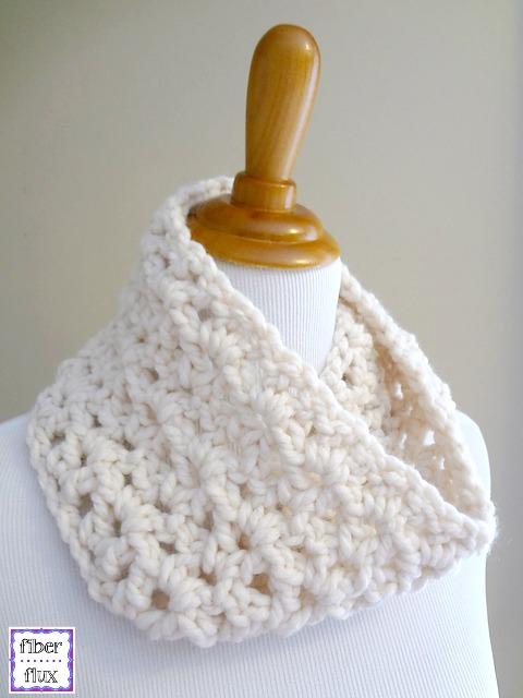 Fiber Flux Free Crochet Pattern Meringue Cowl