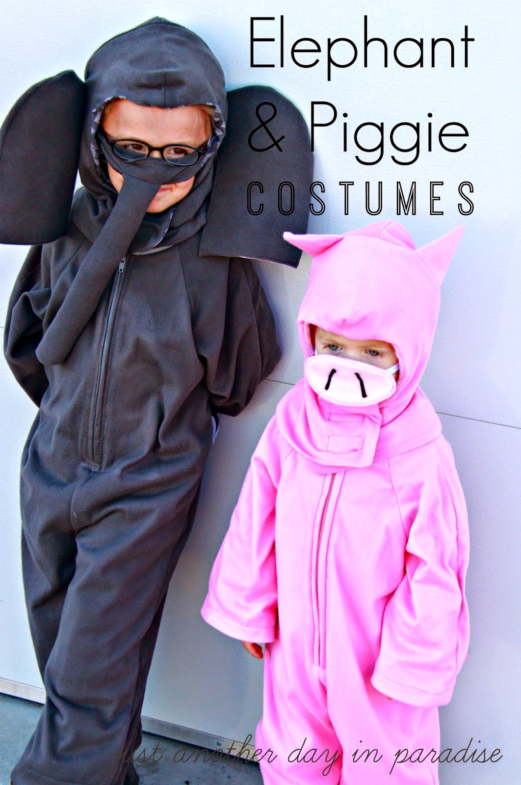 Me and 80+ blog buddies got together to bring you 80+ DIY Halloween costumes including my Elephant and Piggie Costumes. Iu0027m teaming up with Jamie Dorobek ... & Larissa Another Day: Elephant and Piggie Halloween Costume