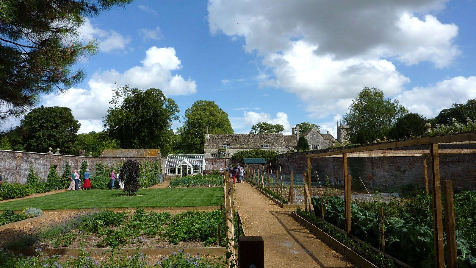 The Victorian Kitchen Garden Avebury Manor And Gardens Avebury Manor Victorian Kitchen Garden