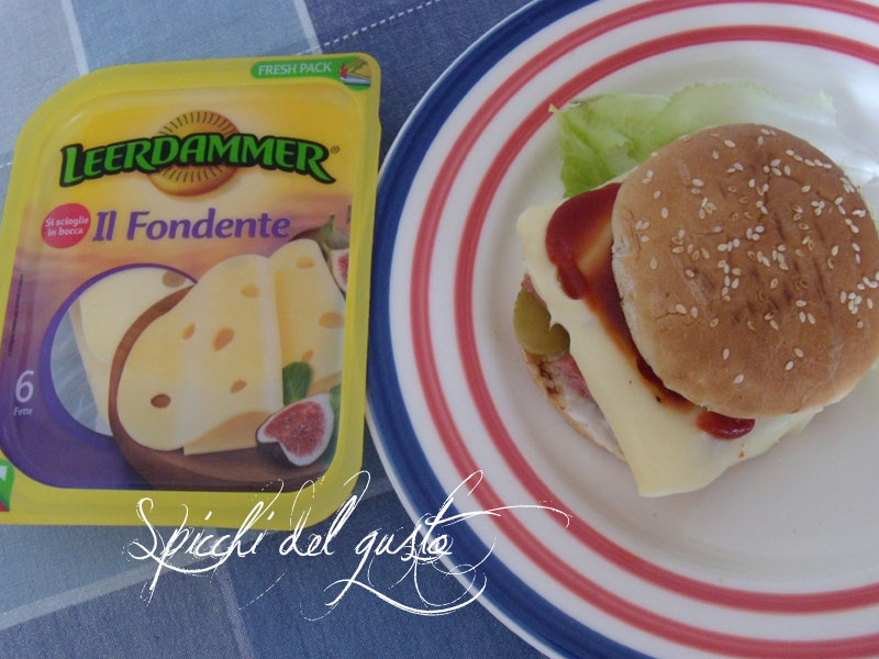 Cheeseburger dal cuore fondente