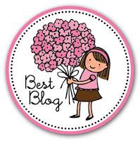 Premio best blog concedido por Núria y su blog http://escribiendoconazucar.blogspot.com.es/