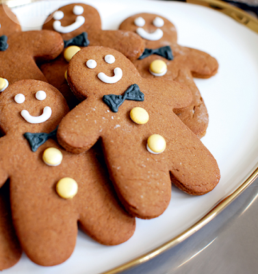 Easy bake gingerbread guys