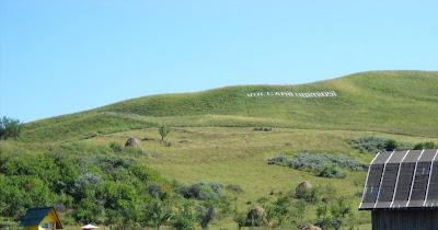 Vulcanii Noroiosi(mud volcanoes) billboard on the hill