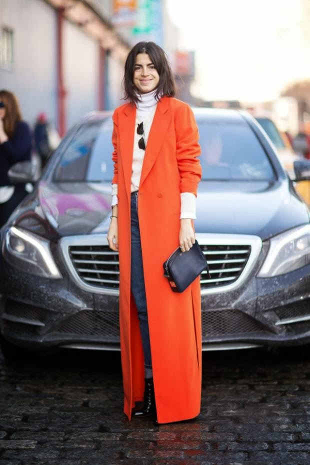 ORANGE-COAT-STREET-STYLE-TALESTRIP