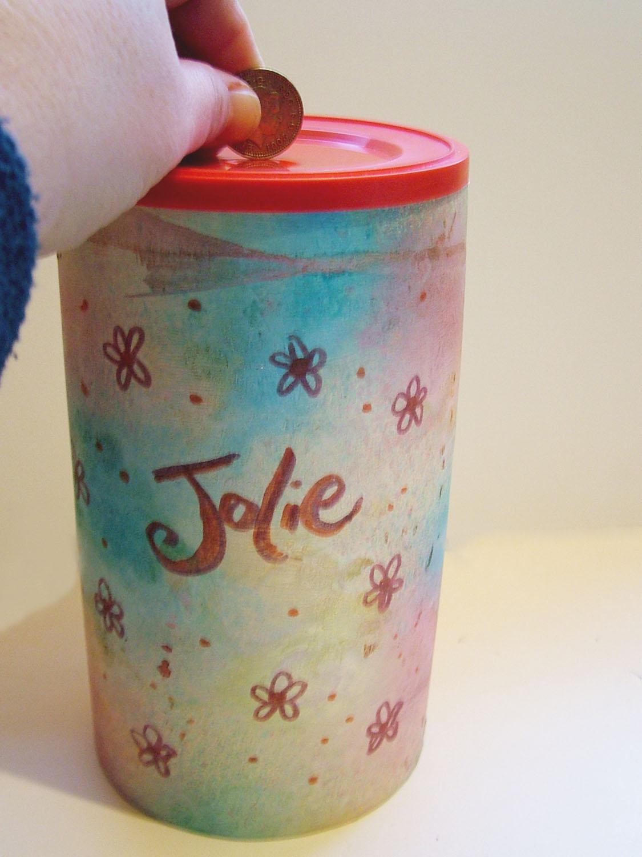 Jolieart art craft tutorial make a money box for Arts and crafts that make money