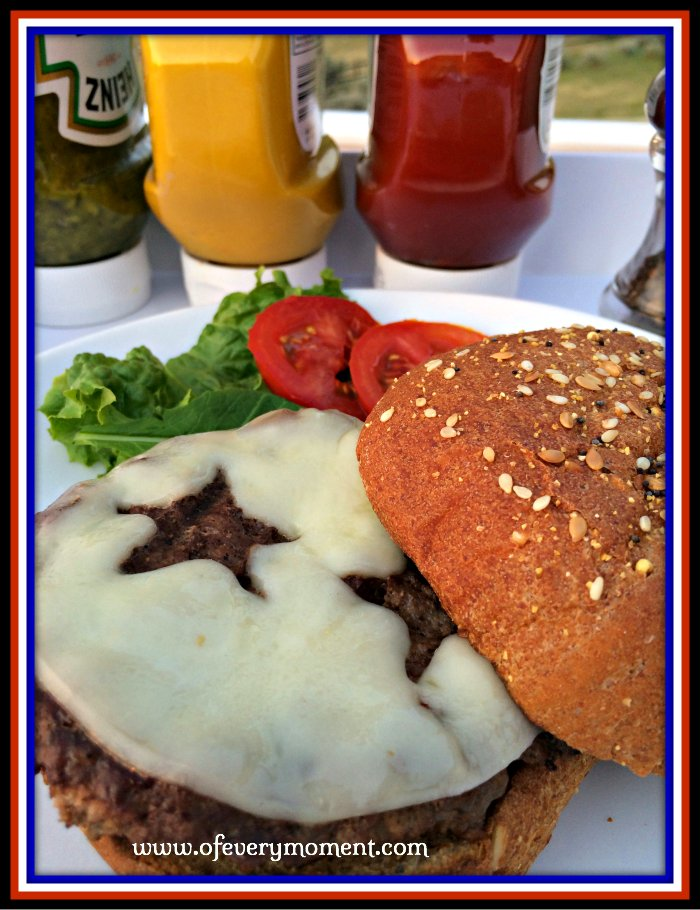 July 4th menu, Red, white and blue, cheeseburger, star