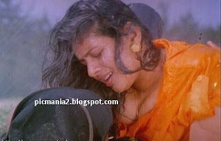 Suchitra boobs popping out Malayalam actress Suchitra lip kiss Suchitra Hot Boob n cleavage Mallu actress Suchitra's unseen cleavage show