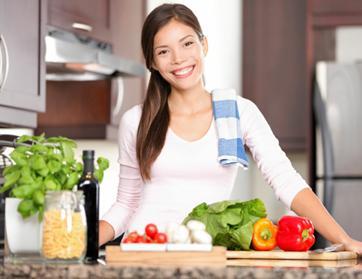 كيف تجعلين زوجك يحب طبخك ؟؟!!