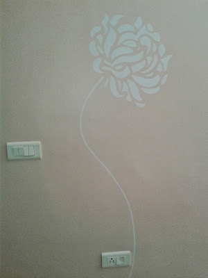 Artistic flower wall decal at Koregaon Park, Pune
