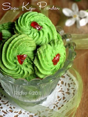 Pin Sagu Keju Cookies Cake on Pinterest