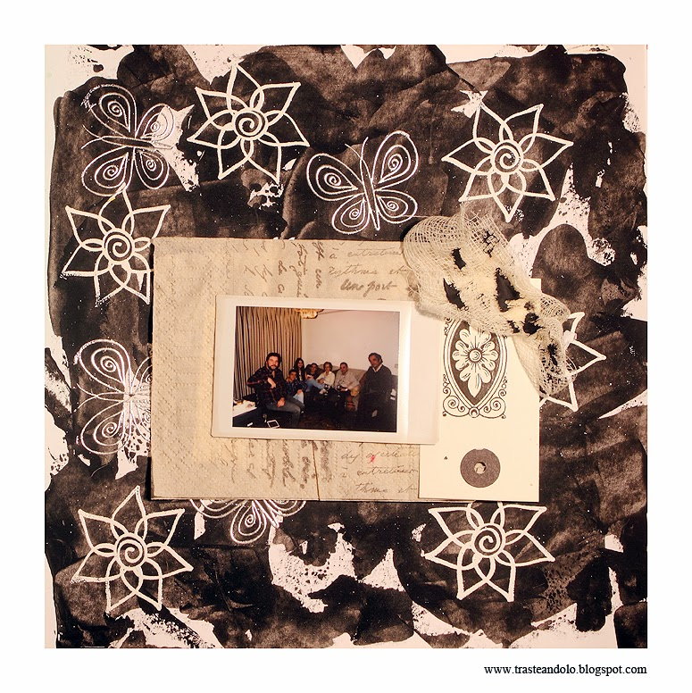 pagina en blanco y negro mixed media trasteandolo
