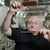 VIDEO: Astronot Scott Kelly Main Ping Pong Air di Luar Angkasa
