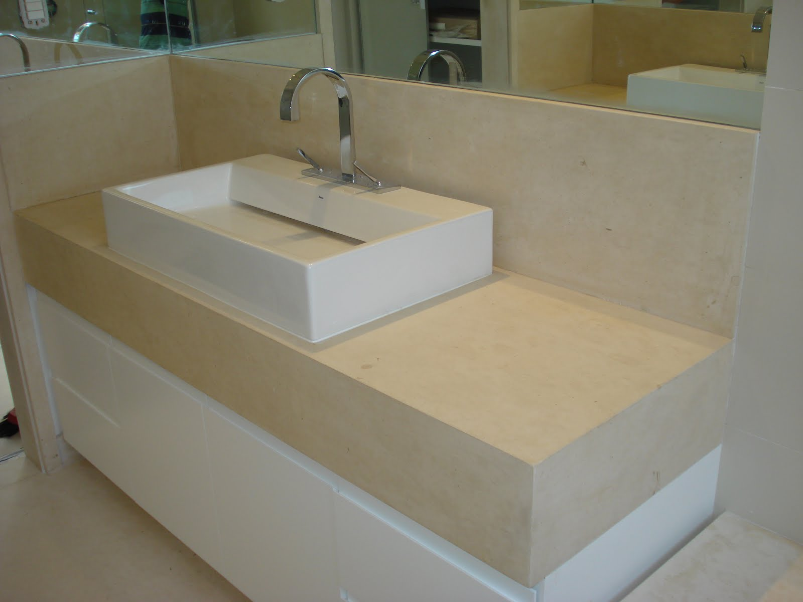 PISO LAVATORIO NIXOS DO BOX BANHEIROS MARMORE TRAVERTINO BRUTO  #5F5130 1600x1200 Bancada Banheiro Marmore Travertino