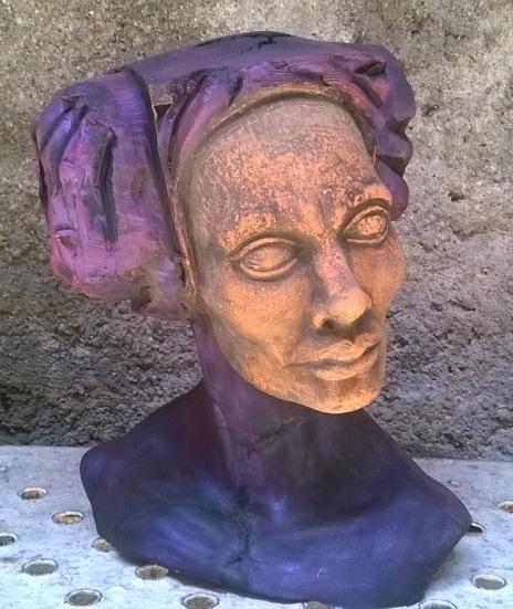 Rossana Oliva Reinés, academia de una cabeza femenina