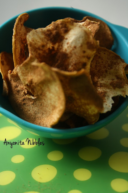 A bowl of spiced apple crisps from www.anyonita-nibbles.com