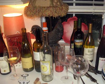 Oscar Party DIY Wine Bottle Stoppers via Curb Alert! blog http://tamicurbalert.blogspot.com