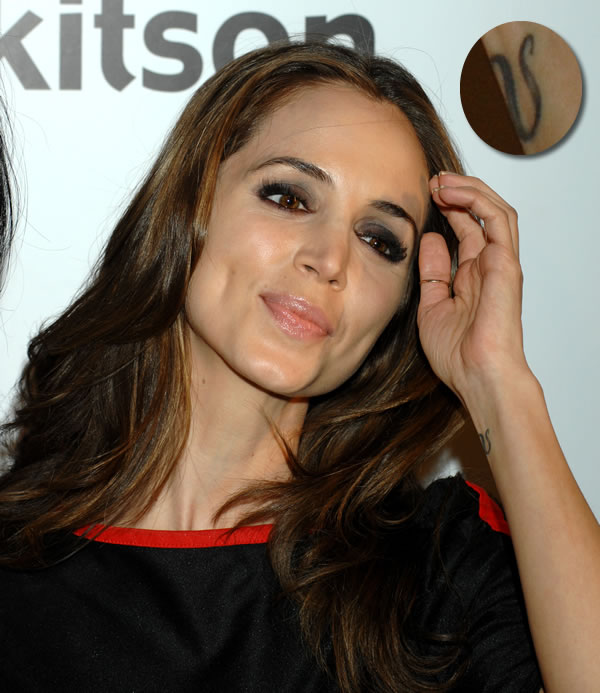 Eliza Dushku's Tattoos