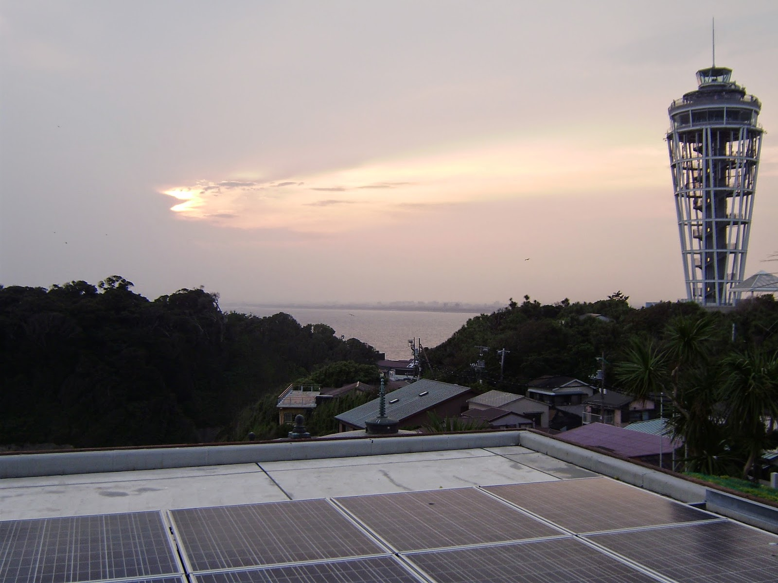 Atardecer en el Faro de Enoshima.