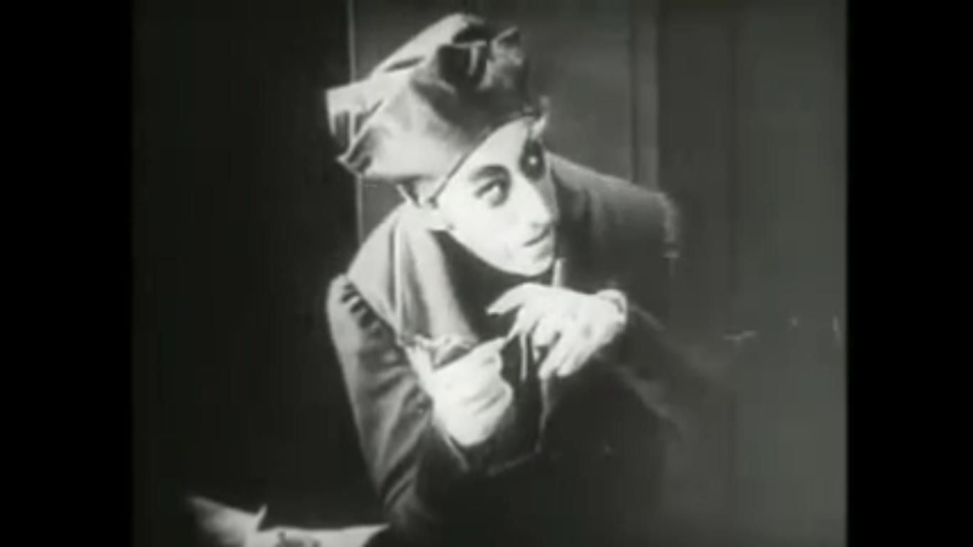 german expressionism and nosferatu World of light and shadow - german expressionism and its influence on modern cinema today's post is written by one of our seasoned intern producers, tim martin, giving us a fresh look on german expressionism and how it effects our film world today.
