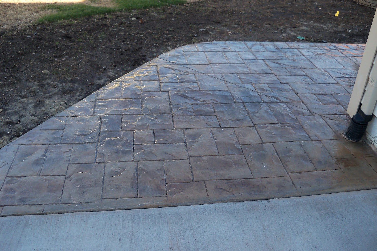Stamped Concrete Vs. Pavers