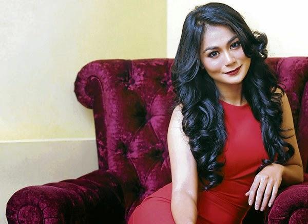 Tasha Shila Antara 10 Artis Jadi Escort Girl