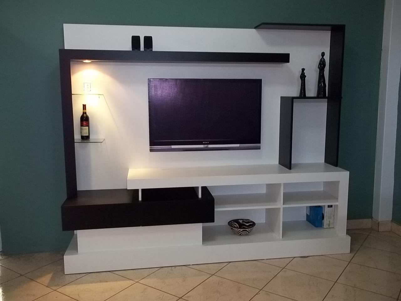 fotos de muebles de entretenimiento - Fotos del control del Amazon TV, consola y centro de