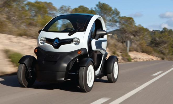 a Twizy at speed