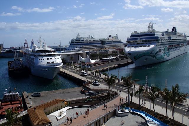 Turismo de cruceros en gran canaria abril 2012 for Oficina fred olsen santa catalina