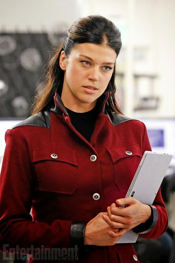 Adrianne Palicki como Bobbi Morse en Agentes de SHIELD