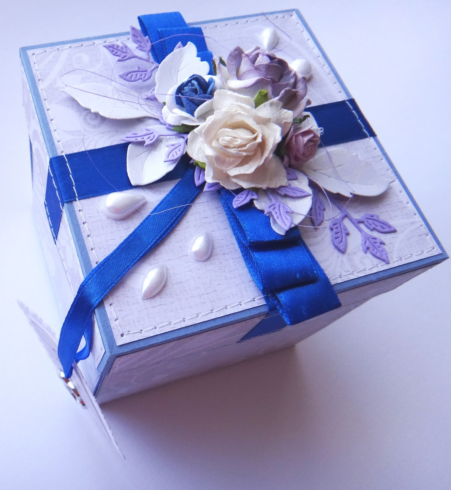 Как приятно удивить: делаем коробочку с сюрпризом своими руками 44