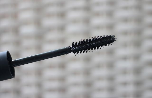 NARS-audacious-mascara-wand