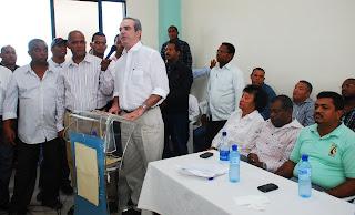 Luis Abinader pide a la JCE y a los líderes del PLD apoyar la aprobación de la Ley de Partidos Políticos