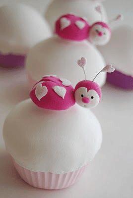 cupcake con mariquitas